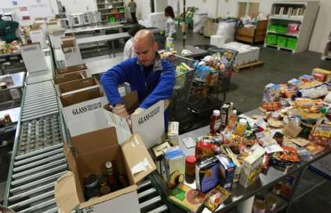 Volunteer Food Bank