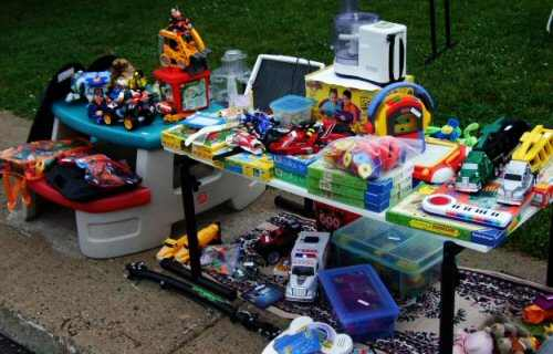 Yard Sale with Kids