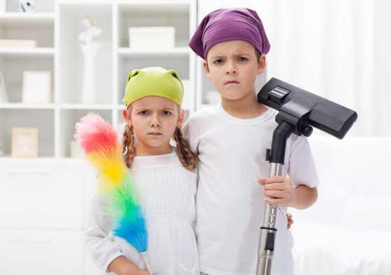 kids-doing-chores